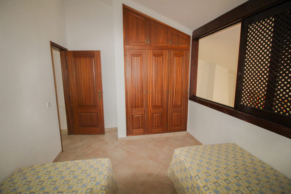 GREAT 2 BED TOWNHOUSE IN SAO RAFAEL